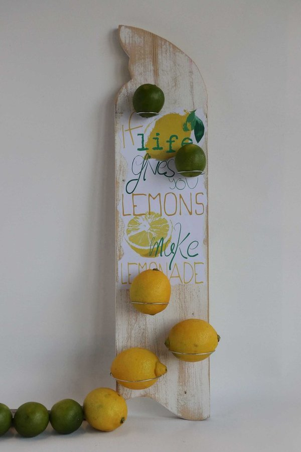 "Wandhalter ""If life gives you lemons IV"""